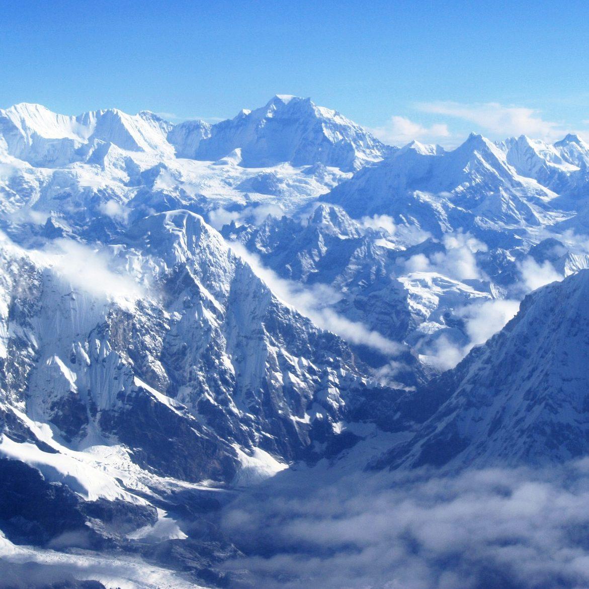 mountains-1411625_1920